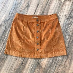 Madewell tan skirt